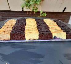מגש עוגות בחושות